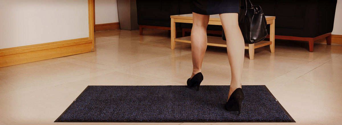 Floor mats to prevent slipping in the washroom
